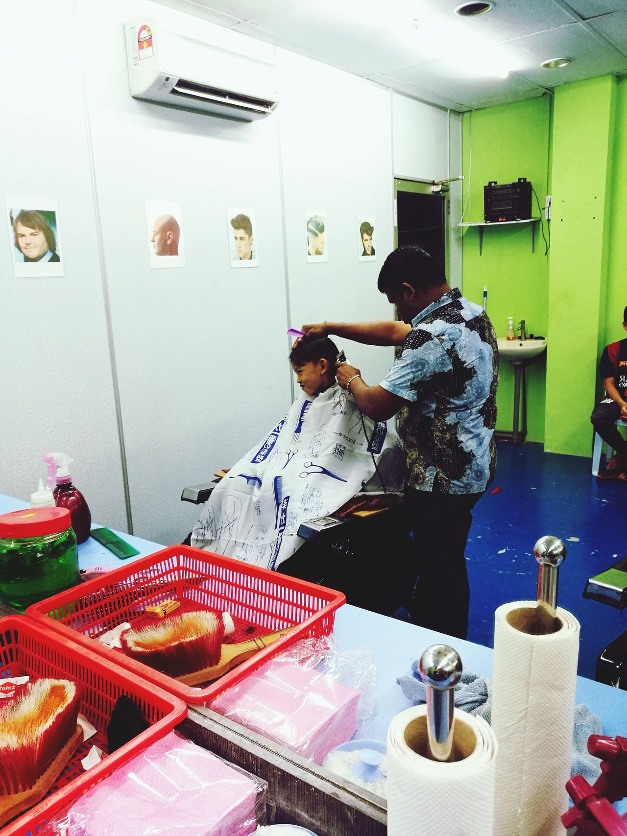gunting rambut Hairstyle Haircut Hairdresser Hairstylist Hairsalon Kids Kid Kids Are Awesome Kids Photography