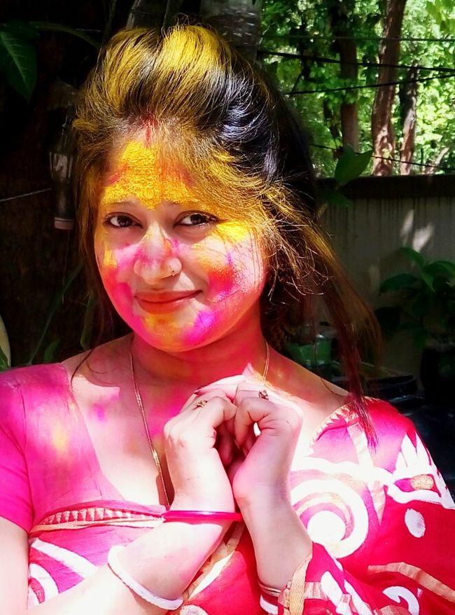 Hi Hello World ✌ That's Me Holi Festival Of Colours Holi Celebration Colors Of Spring Color Photography Holi Celebration.india