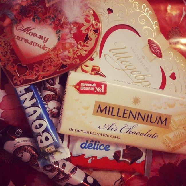 Моя любовь знает, как неожиданно сделать меня еще счастливее! Родной, спасибо ♥♥♥ ты мой сладкий валентин !!!