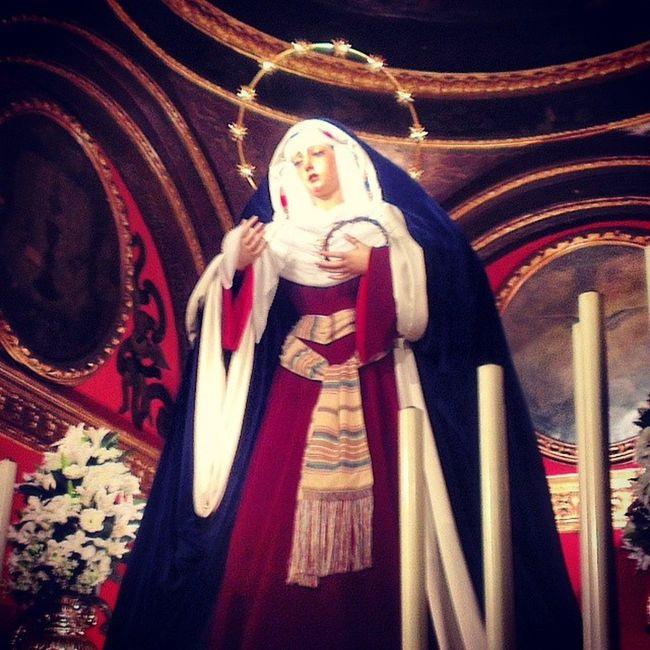 Ntra. Sra. De la Esperanza Coronada vestida de hebrea Trinidad Cuaresma2014