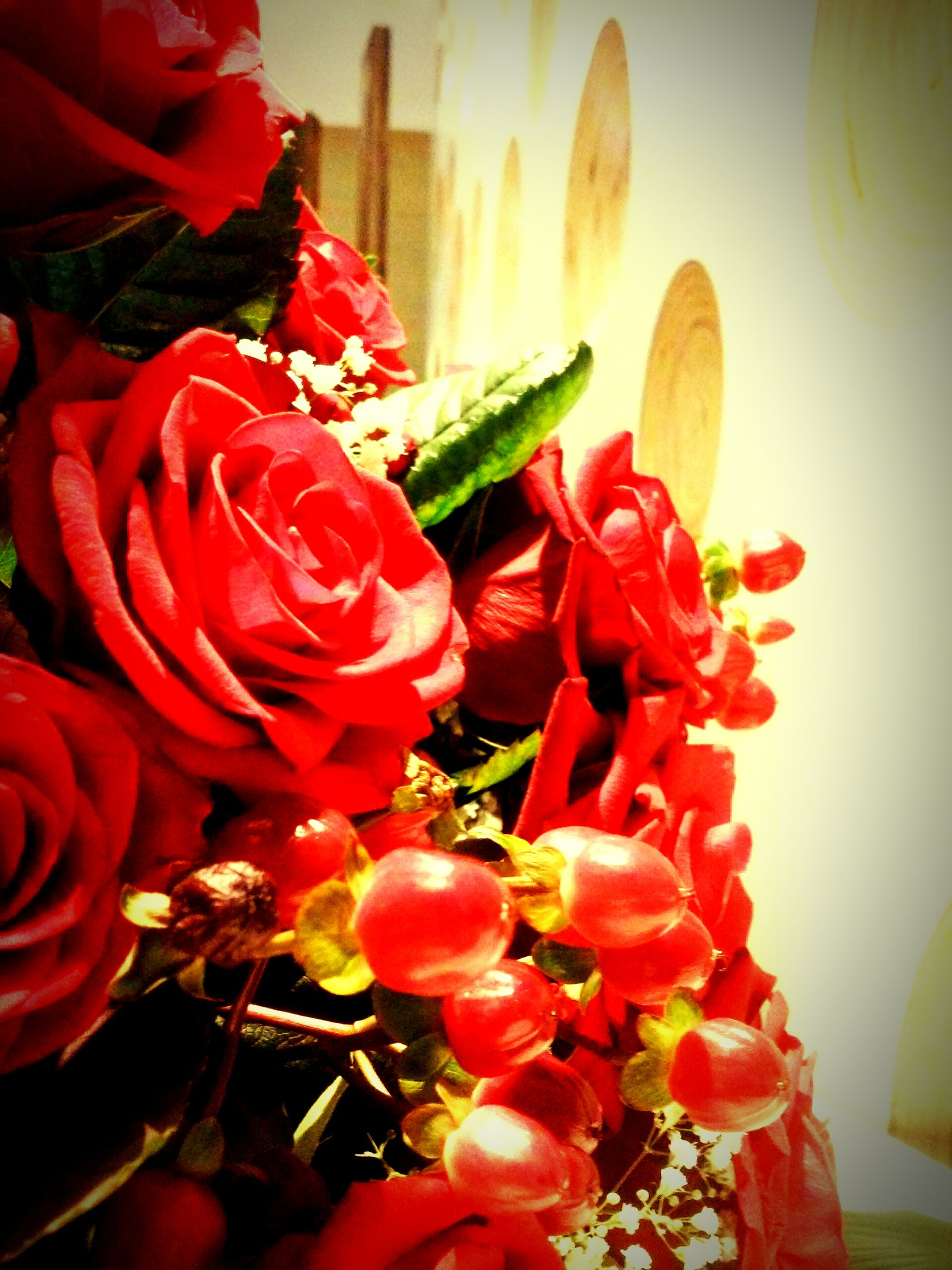 flower, petal, freshness, flower head, fragility, red, indoors, beauty in nature, close-up, growth, plant, blooming, nature, focus on foreground, rose - flower, bouquet, tulip, vase, in bloom, stem
