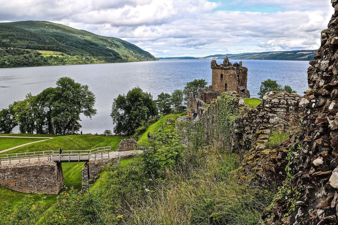 Castle Castle Ruin Cultures History Loch Ness Scotland Scotland 💕 Scotlandsbeauty Scottish Highlands UrquhartCastle