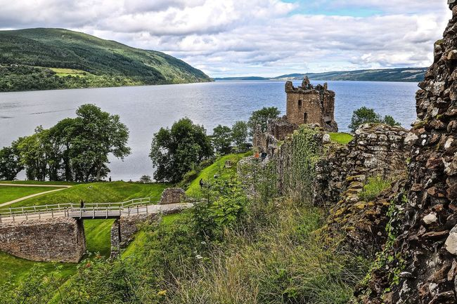 Castle Castle Ruin Cultures History Loch Ness Scotland Scotland 💕 Scotlandsbeauty Scottish Highlands UrquhartCastle