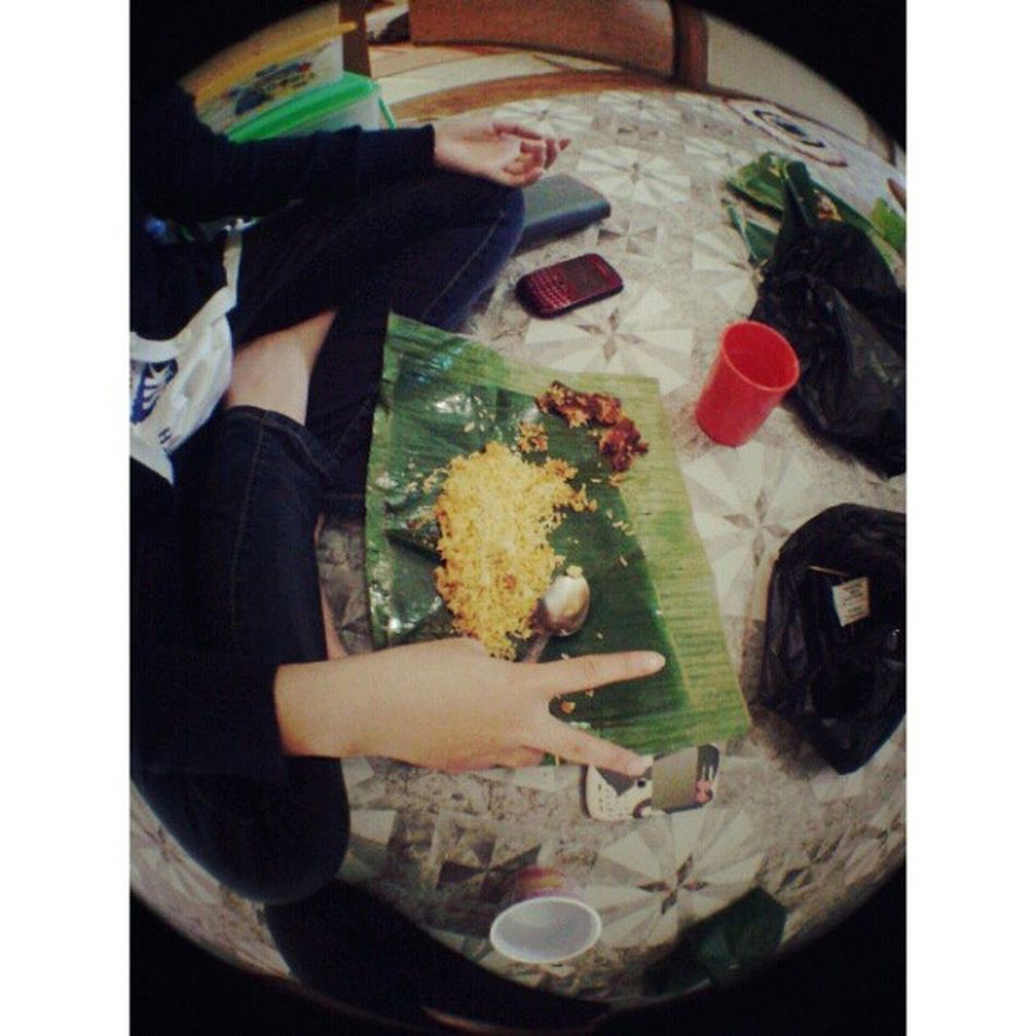 Kita sarapan dulu :3 Breakfast With Perdanas Kost family sunday instagram ariendhiiya