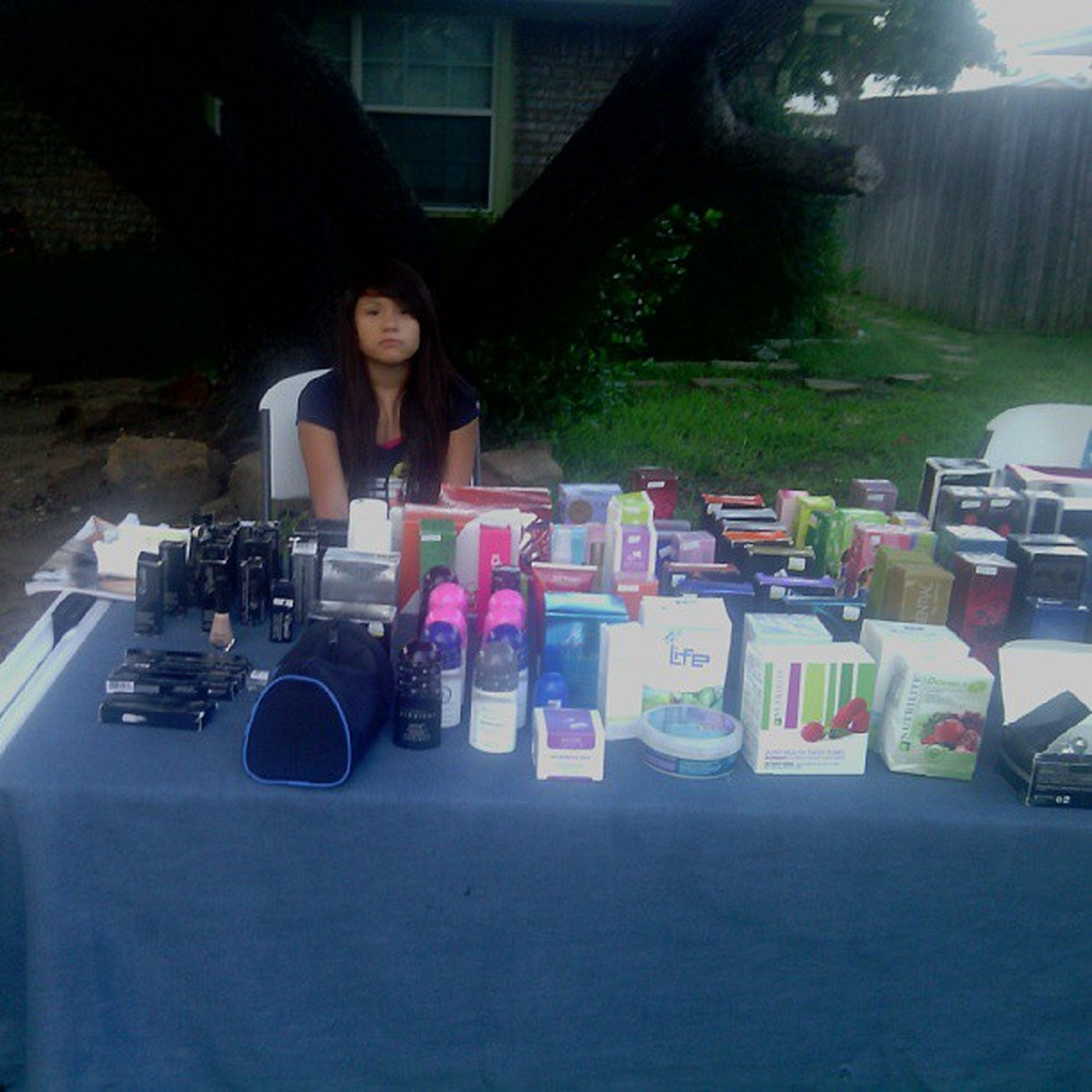 Having a yard sale today! Who wants to come abd check it out?:D Yardsaletoday Yardsale Firstoneever Awsome
