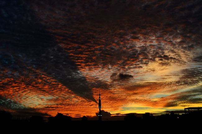 An iconic evening from home Mybest_shotUrbanweather Clouds And Sky Evening Sky Cloudscape Sunset Silhouettes Sunset And Clouds  Hyderabad,India Vermillion Sun Atmospheric Mood