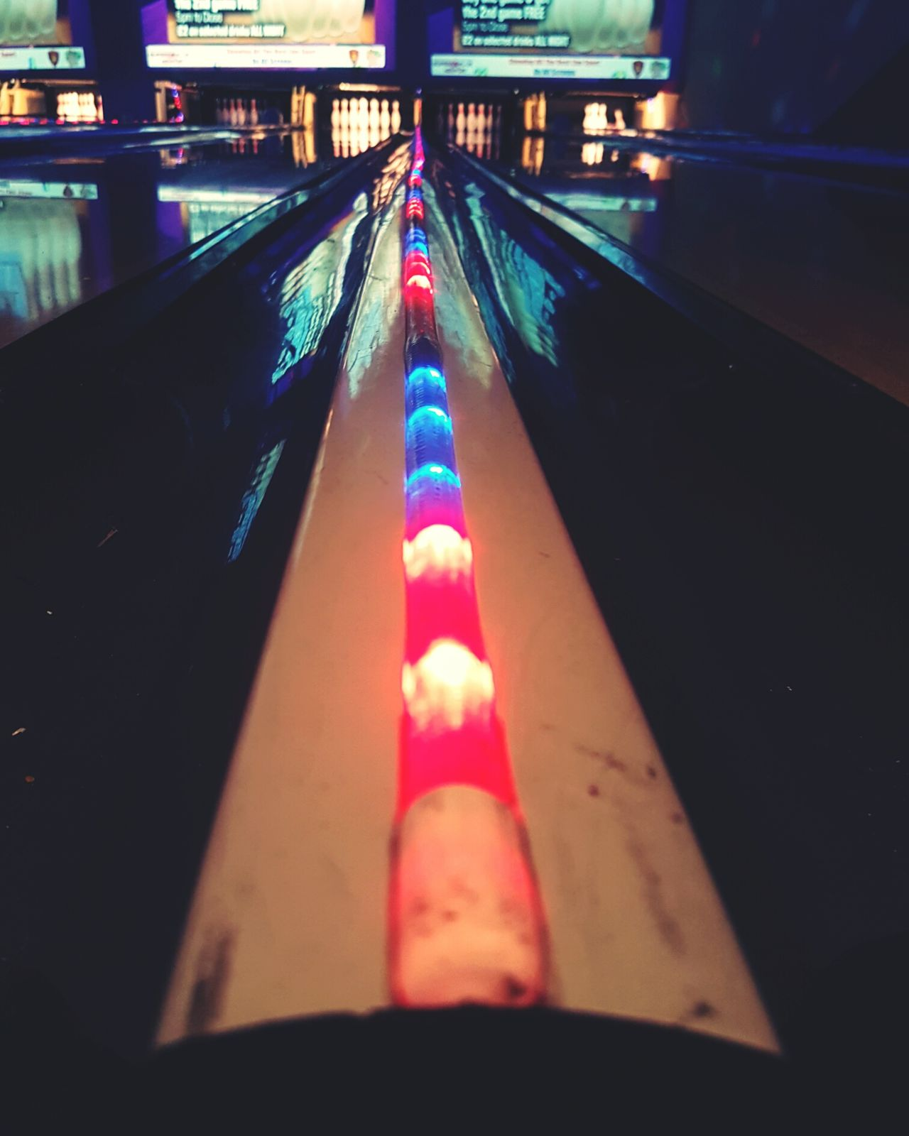 So divided Illuminated Red Multi Colored No People Recreational  Recreational Pursuit Recreation  Leisure Activity Bowling! Bowlingballs Bowlingalley Ten Pin Bowling Bowling Balls Bowlingball Bowling Alley Bowling Sport Indoors  Neon Stripe Lines Multicolored Lights LED LEDLights Led Lights