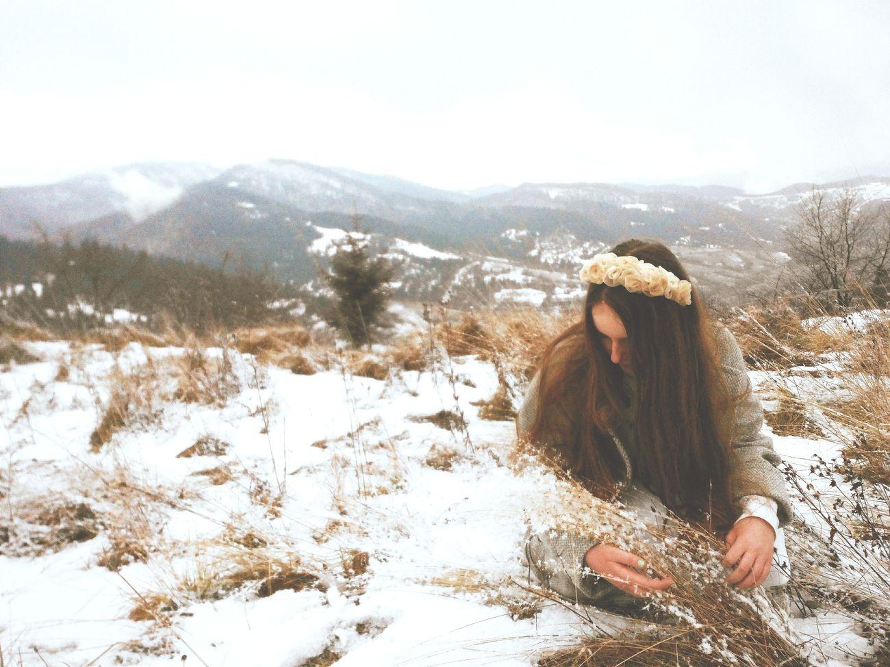 That's Me Ukrainian Girl Karpathian Mountains Traveling Landscape Jorney Girl Nature VSCO
