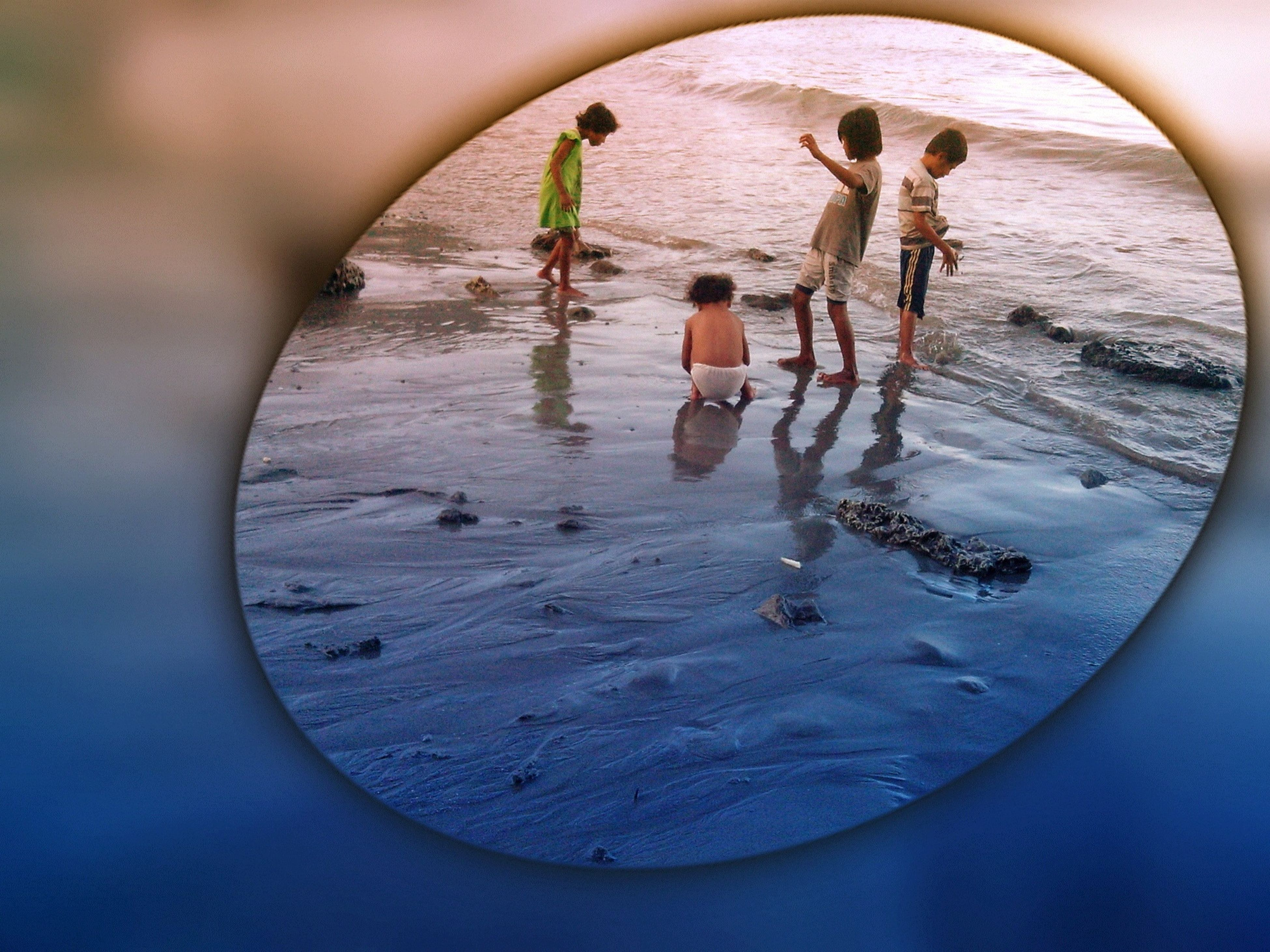 water, beach, childhood, leisure activity, lifestyles, sea, boys, sand, playing, fun, shore, enjoyment, full length, playful, vacations, day, reflection, girls