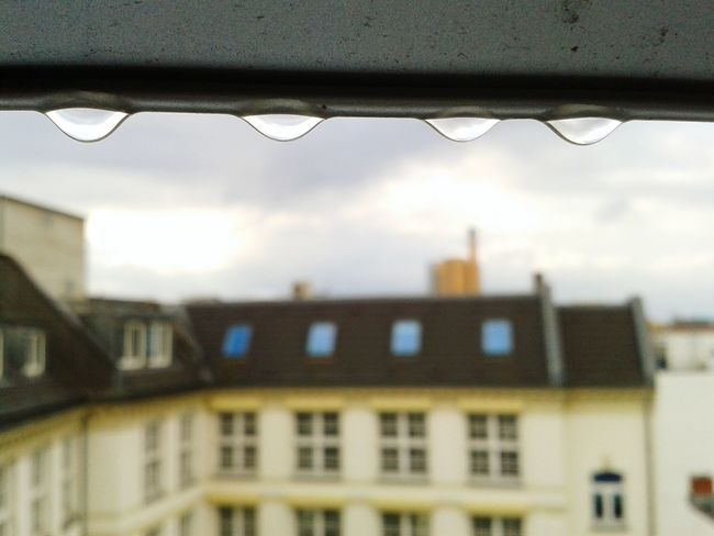Raindrops keep falling on my head... The Devil's In The Detail Eye4photography  My Fuckin Berlin Berliner Ansichten Soistberlin  Raindrops