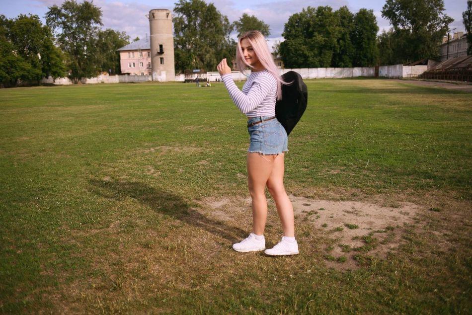 Hello World That's Me Girlswithpiercings Girlwithmuscle Hello Summer!  Sun Skeatboard Bodyfitness Russian Girl Russia