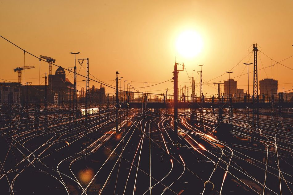 Munich Sunset Railway Paths Train Reflections Sun Hackerbrücke The Secret Spaces EyeEmNewHere