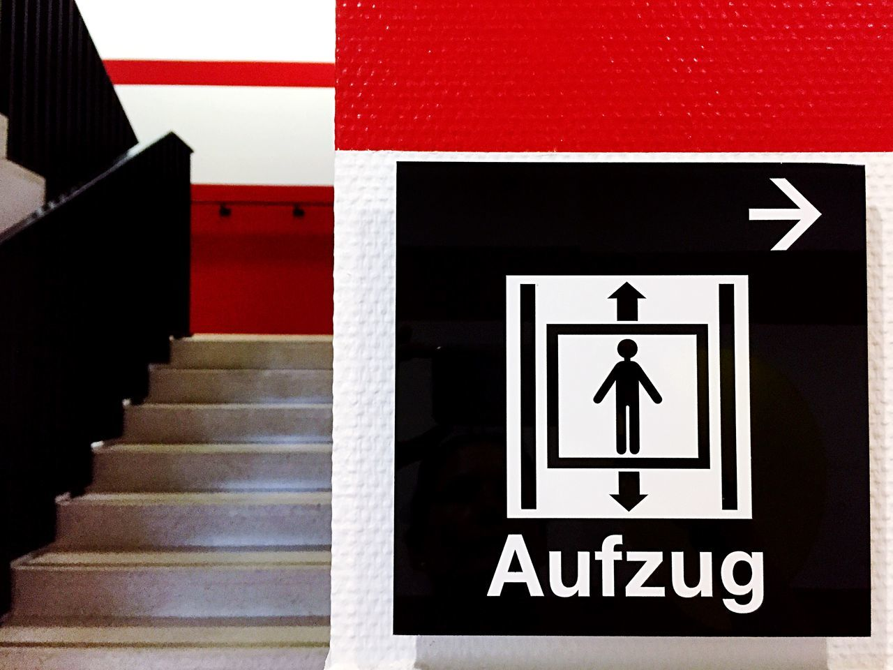 Stairs Lift Stairways Signs Red Aufzug Cologne RheinEnergieStadion