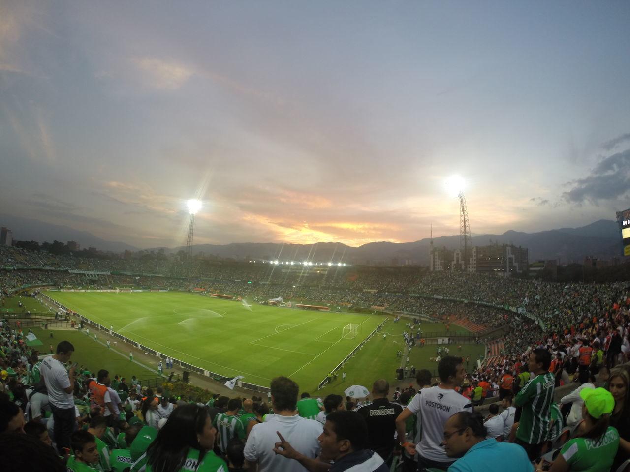 sale campeooooooon ohhhhhh oh ohhh Medellín Atanasiogirardot Copasudamericana
