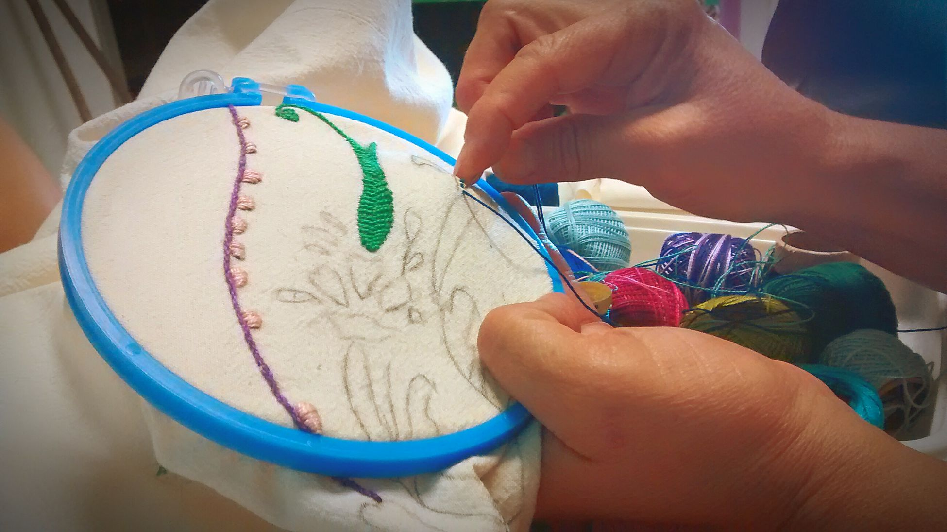 Embroidery Hand Embroidery Handmade Handcraft Embroidered Colors Of Coton Hands At Work Handicraft