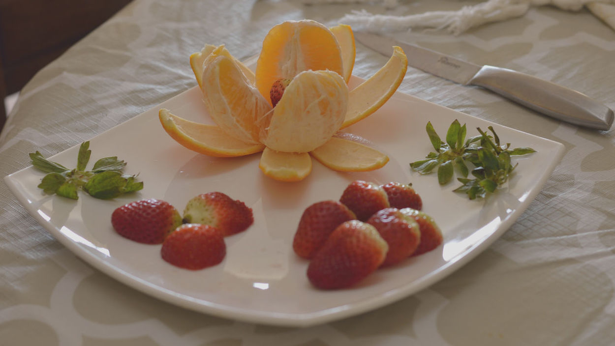 Food Fruit Strawberry Dessert Close-up Sweet Food Plate Berry Fruit Bowl Food And Drink Healthy Eating No People Indoors  Freshness Ready-to-eat Day Orange Oranges Food Styling Foodies Foodstyling Breakfast! Breakfast Healthylifestyle Healthyeating