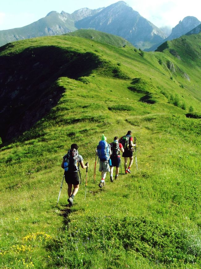 Share Your Adventure Crocedomini Mountains On The Path Greengrass Hikingadventures Summertime