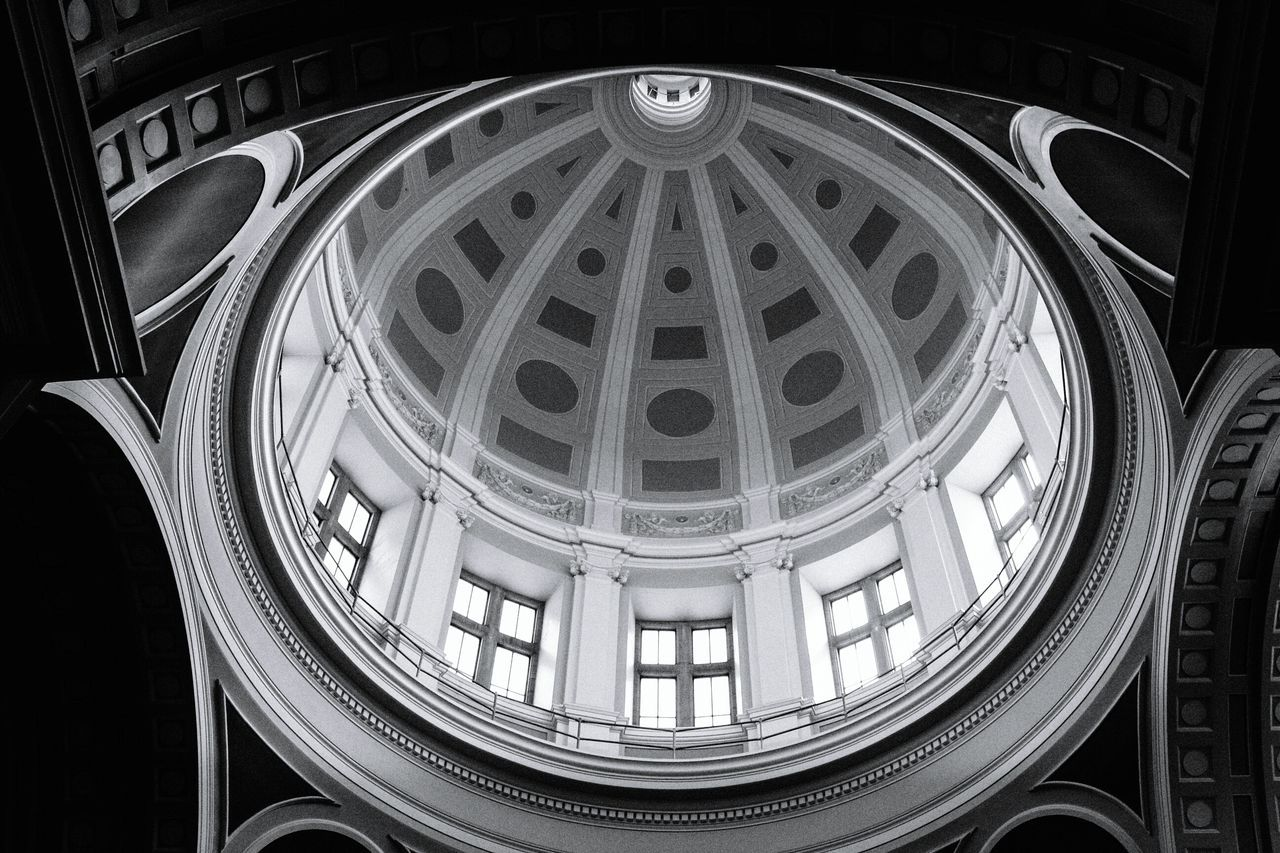 Architecture Built Structure Circle Low Angle View Travel Destinations Cupola Dome Indoors  Building Exterior No People Porto Alegre Brazil Brasil Canon Rebel T3 Sky Roof Black & White First Eyeem Photo Catedralcatedral metropolitana EyeEm Best Shots EyeEm Gallery The Architect - 2017 EyeEm Awards