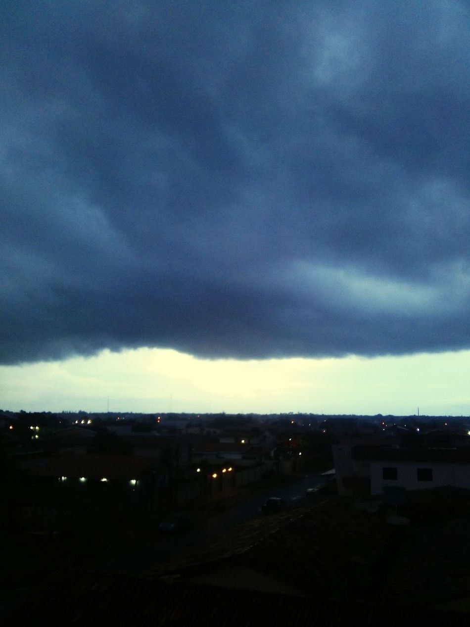 Rain. Relaxing First Eyeem Photo EyeEm Brasil Amapá Hello World Sky Collection Sky And Trees Macapá Skyline Make Magic Happen