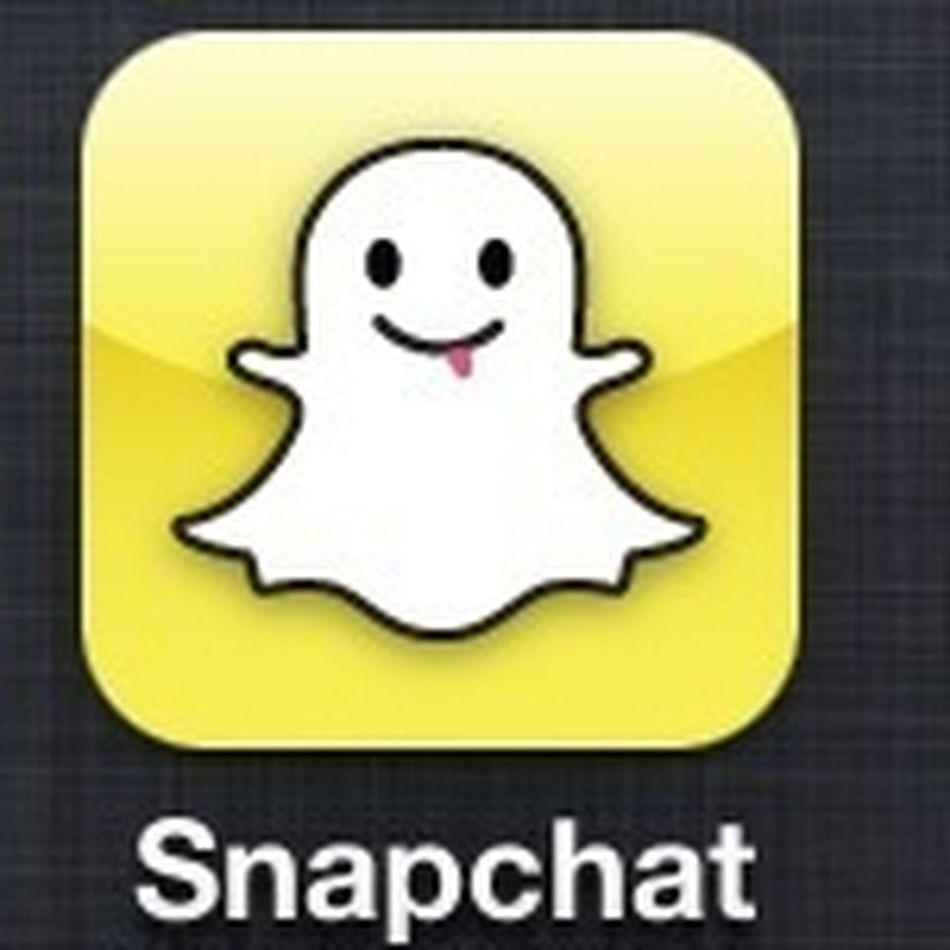 Snap chat anyone? Just send mi a pic at tiiinydee