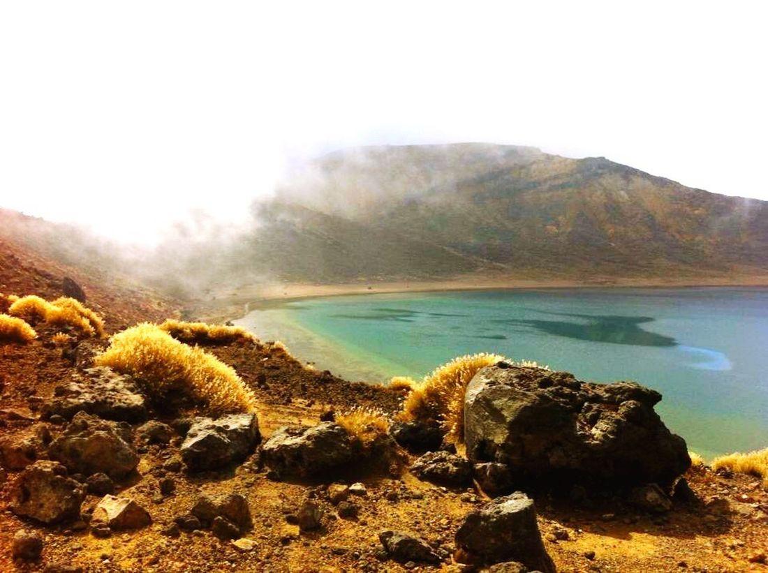 Tongarironationalpark Vulcano Mountain View Volcanic Landscape Volcano Vulcanic Landscape Volcanic Lake Vulcanic Lake Lake Mountain Lake Newzealandphotography Newzealand Newzealandnatural Newzealandoutdoors Newzealand Vulcano