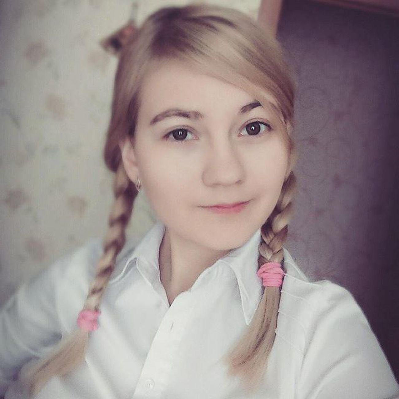 селфи этоя  утро собралась на учебу косички милая девушка Selfie Itsme Morning Go To  School Schoolday Sweet Girl Blonde блондинка Russiangirl Today сегодня