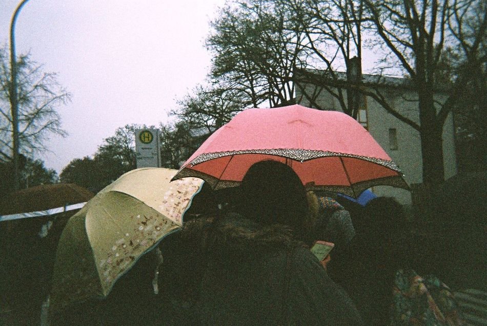 Raining Rain Unbrella People Real People People Photography Day Moments Afterschool  Friends Lifestyles Outdoors Photography Germany Lieblingsteil Film Filmcamera Filmphotography