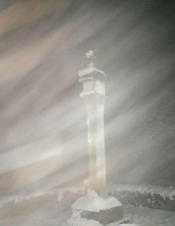 A Photo Like A Painting Winter Mist, A Lot Of Mist mist Plague Column