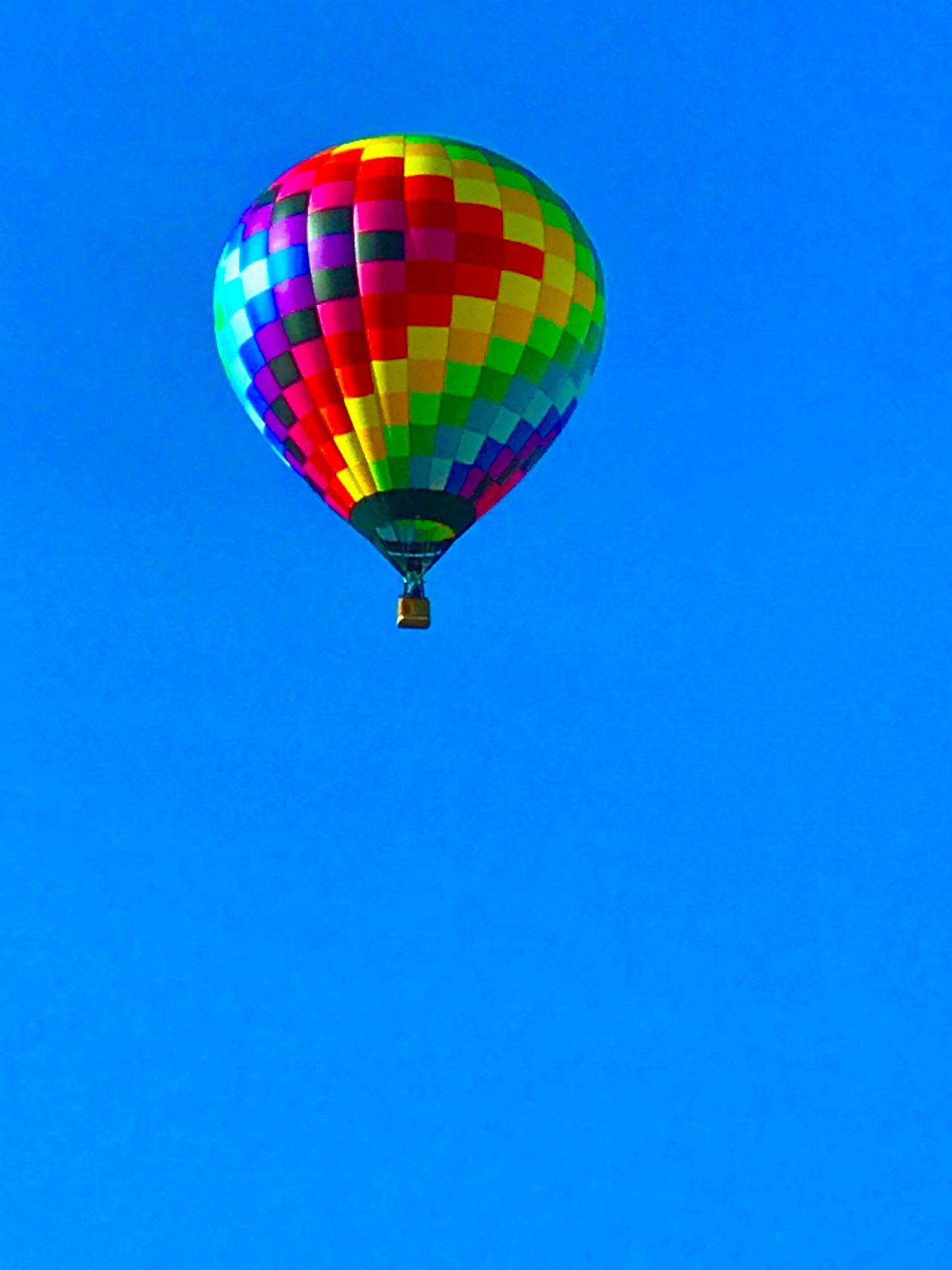 Multi Colored Low Angle View Copy Space Clear Sky Blue Flying Mid-air Hot Air Balloon No People Outdoors Adventure Day Nature Parachute EyeEm Best Shots EyeEmNewHere Check This Out Sky Colors