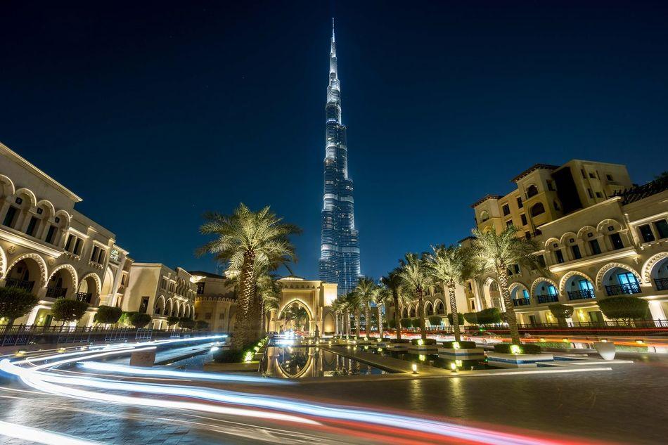 Burj Kalifa - Dubai während meines Sabatical in 2014 Burjkalifa Nightphotography HDR Dubai Hdr_Collection Hdrphotography Hdr_lovers Nacht Longtimeexposure Long Exposure Langzeitbelichtung Sony A6000