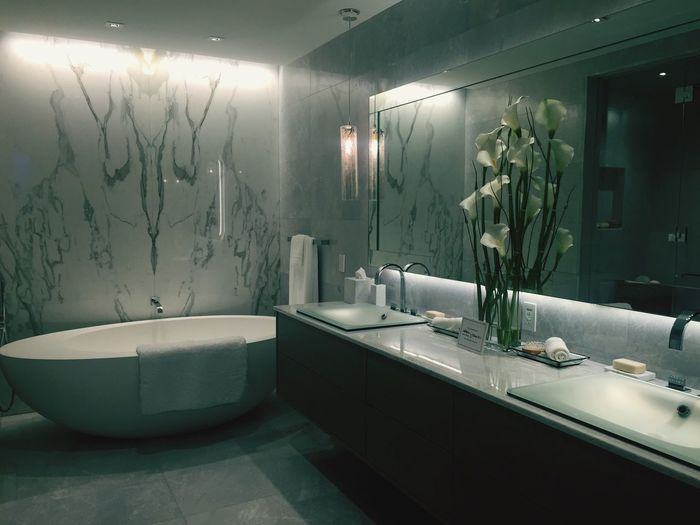 God Is In The Details Bathroom Design I Love Architecture Turnberry Tower