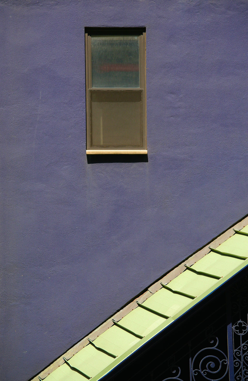 Architecture Building Exterior Built Structure Color Purple Day Lines And Shapes Lines, Shapes And Curves Purity Purple Lilla Purple Wall - Building Feature Purple Wall