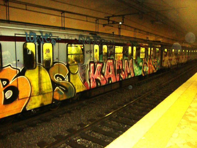 Rome Subway Subwayphotography Subway Station Graffiti Art Graffiti Roma Italia Italy Rome Italy Street Art Subway Art Viewofthecity Underground Underground Station  Europe Trip Italian Italy Photos Italy❤️ Arteurope Europe