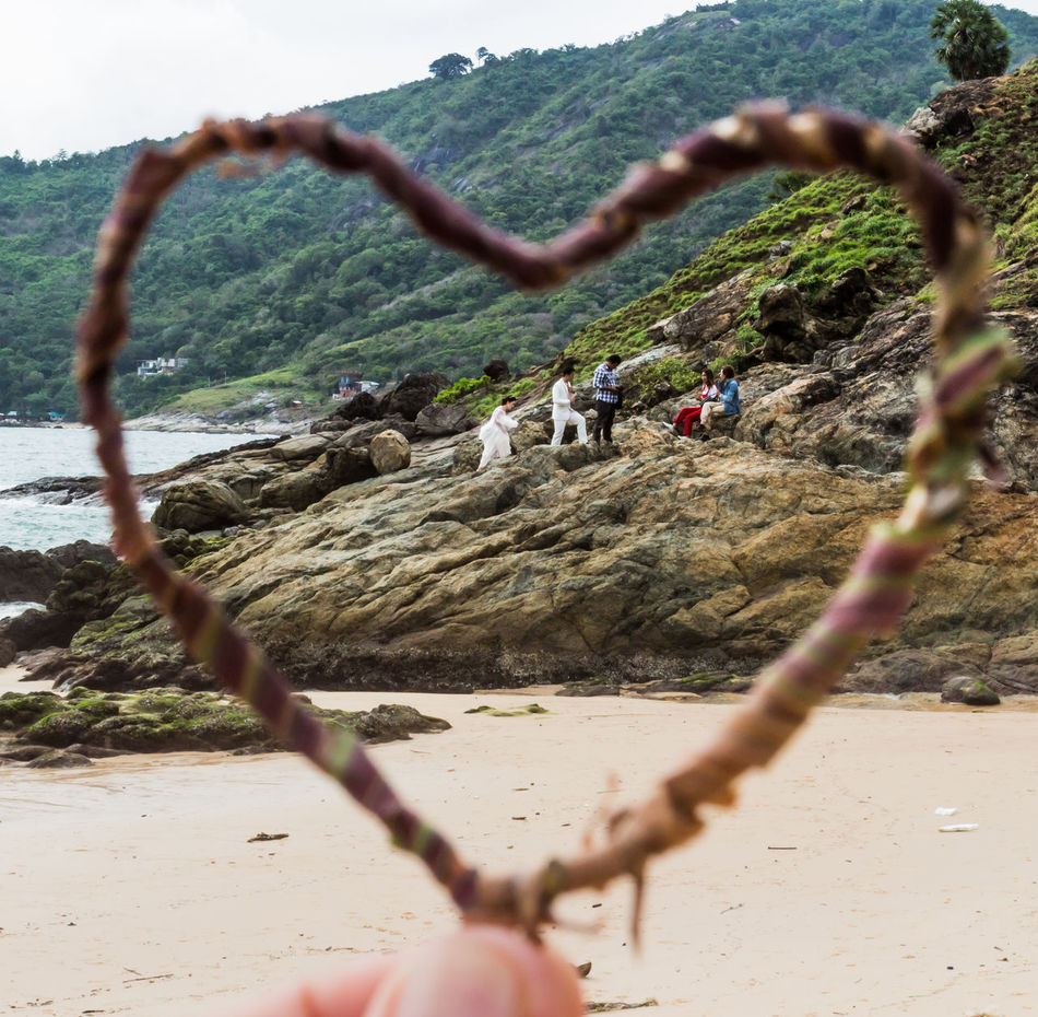 Day Enjoyment Focus On Foreground Heart Shape Heart ❤ Landscape Leisure Activity Lifestyles Nature Outdoors Pre Wedding Pre Wedding Photography Selective Focus Sky Tranquility Tree Vacations