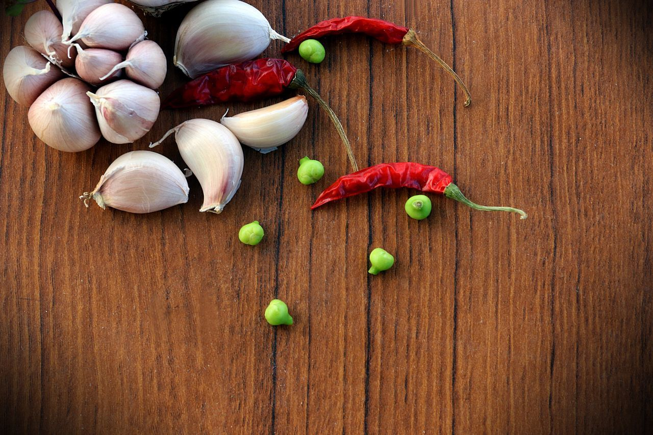 Vegetable for cook Thai food spicy 🌶 Wood - Material Large Group Of Objects No People Indoors  Freshness EyeEmNewHere EyeEm Best Shots Spicy Be Spicy Thai Food Thailand Red Onion Dried Chillies Garlic Heads Food And Drink Nature Full Frame Copy Space Backgrounds Beauty In Nature EyeEm Gallery Close-up Food Freshness