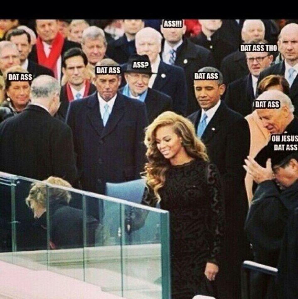 """Nighas gona be like """"That Ass"""" #Halftimeshow #Superbowl #Beyonce"""