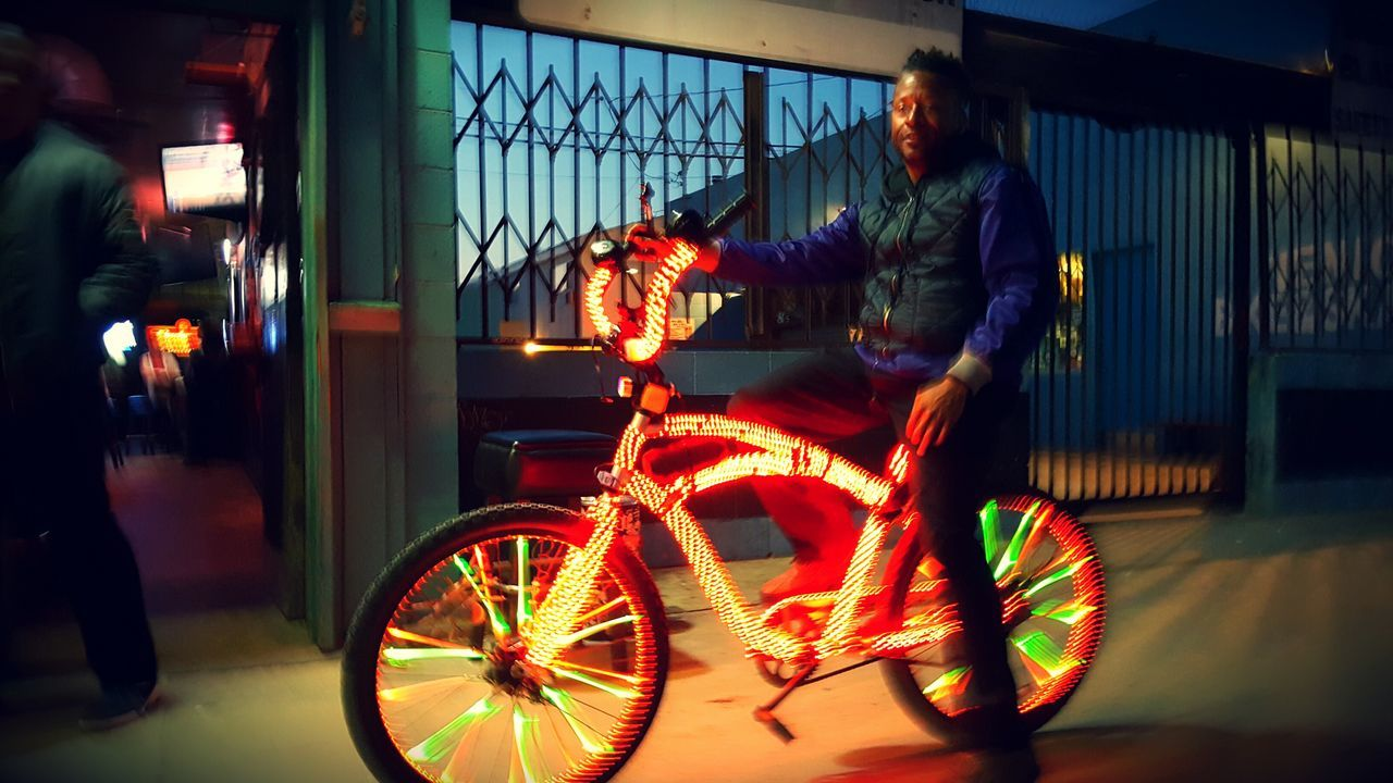 Showing Imperfection Neon Bike Venice, CA Southern California Dusk. Streetphoto_color Street Photography Bikes Around The World The Street Photographer - 2016 EyeEm Awards EyeEm Gallery Eyeemphotography EyeEm S6 The Portraitist - 2016 EyeEm Awards