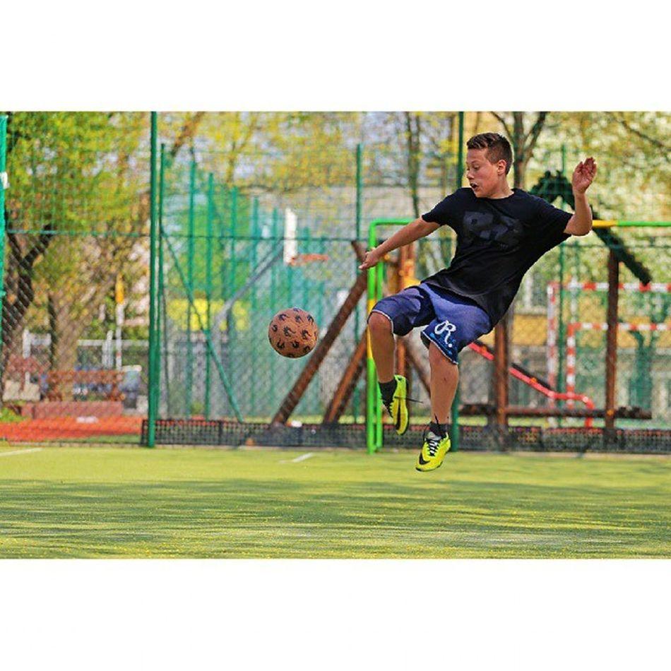 @iwokowalski @trenujzkrzychem Monta Soccer Football Fifa Pes Wylogojsiedozycia Streetball Canon Canon6d Gtcompany