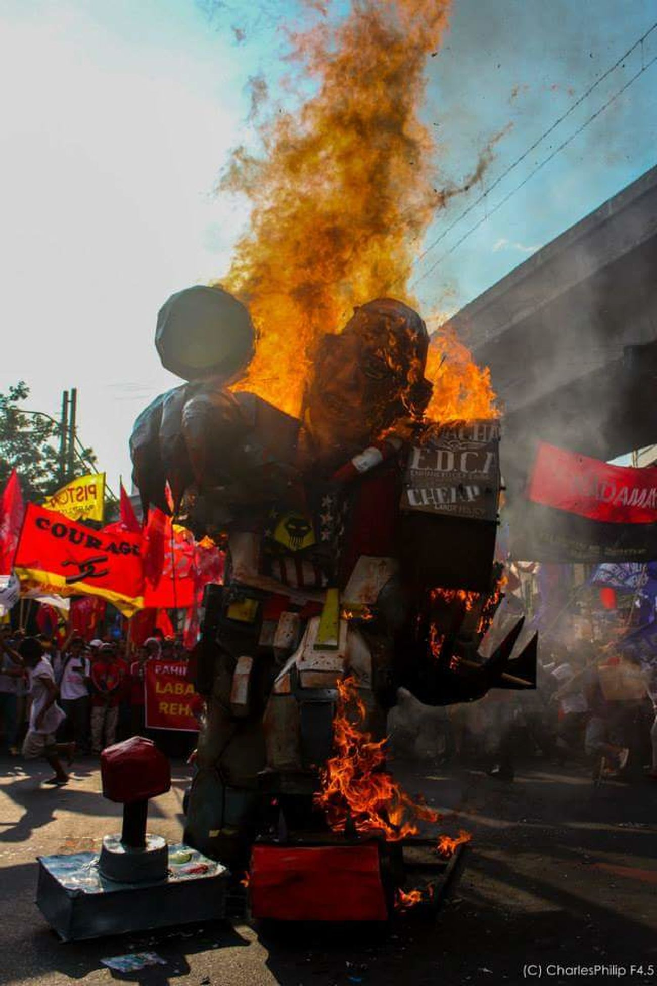 Burning Effigy! Political Rally Philippines The Photojournalist - 2016 EyeEm Awards