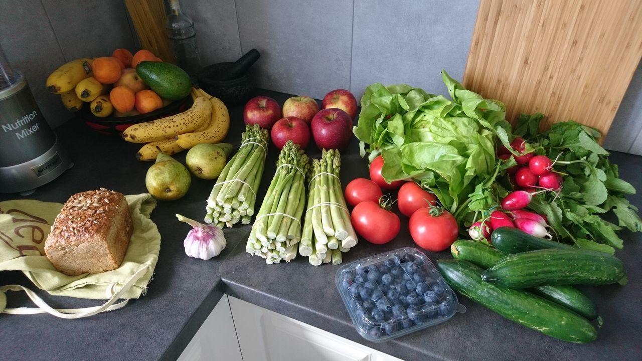 My Kitchen Food Foodporn Vegetables Vegetables & Fruits Colorfull Asparagus Season Apples Helfie Food Helfie