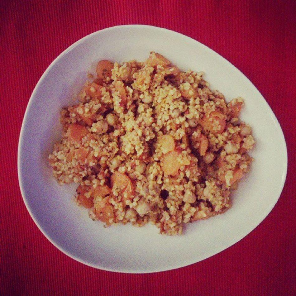 Bulgur Chickpeas Carrots Tomatosauce Moroccanspices Healthy Yummy Veggie We Saturdaynight Health Food Dinner