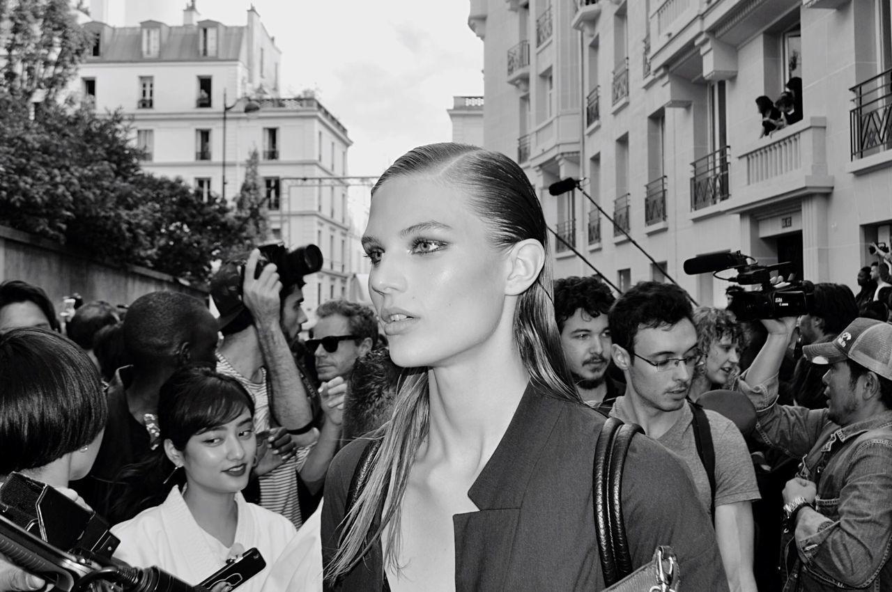 Outdoors Woman Model Fashion Fashionweek Real People People Streetphotography Street Photography Headshot Mode Woman Portrait City Life