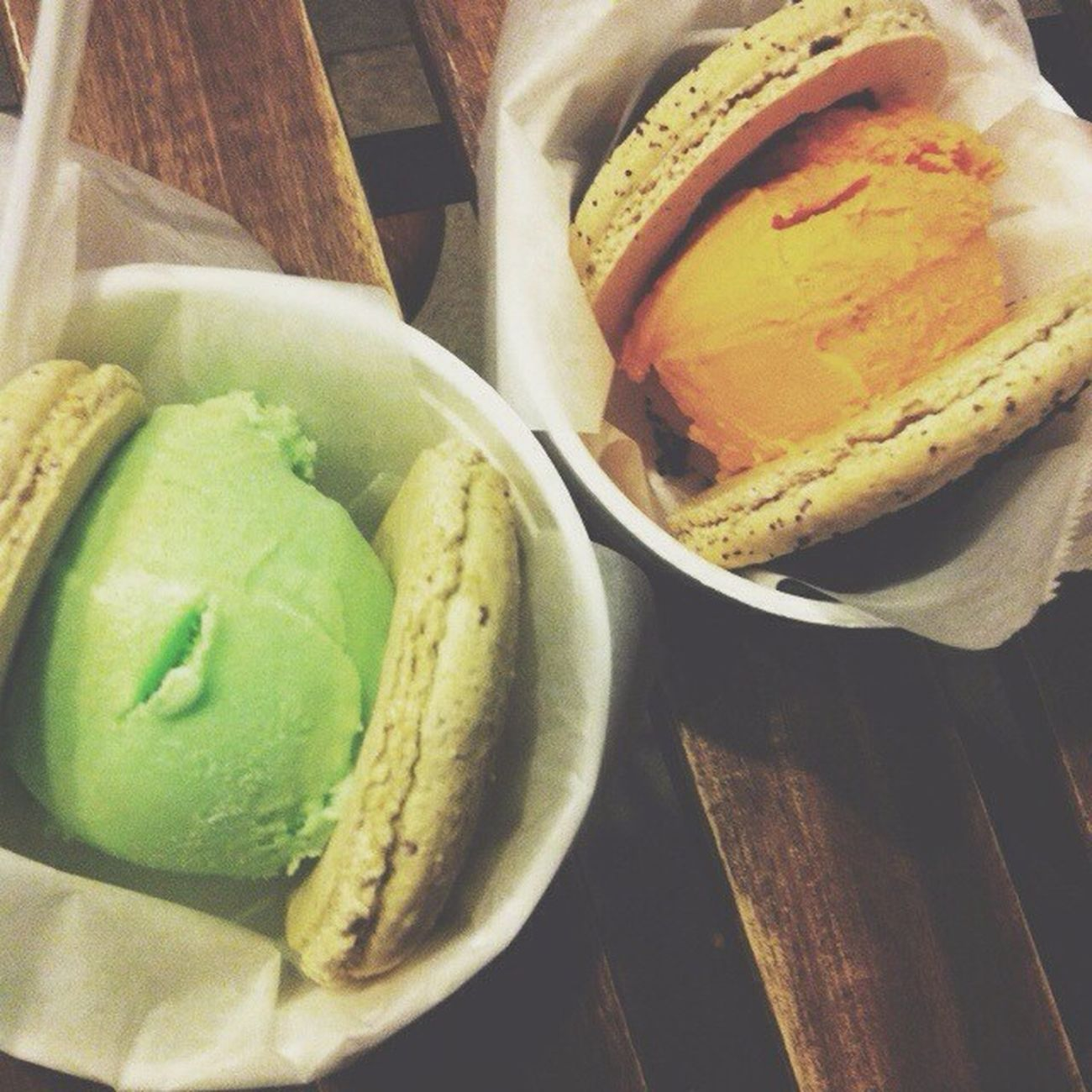 Ice cream macaroon FTW! ?? Greenteamacaroonwithpistachioicecream Oreomacaroonwiththaiteaicecream Snowmonster Yummers noms fattyforever