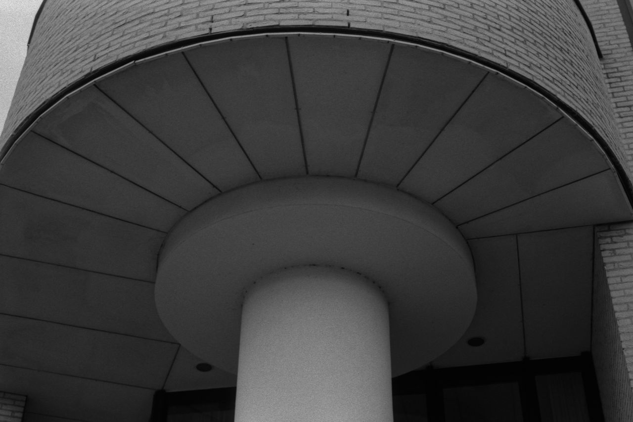 Round 35mm Film Abstract Analogue Photography Architecture Black & White Building City Concrete Fomapan100 Office Office Building Pillar Rodinal Round Symmetrical Symmetry Urban