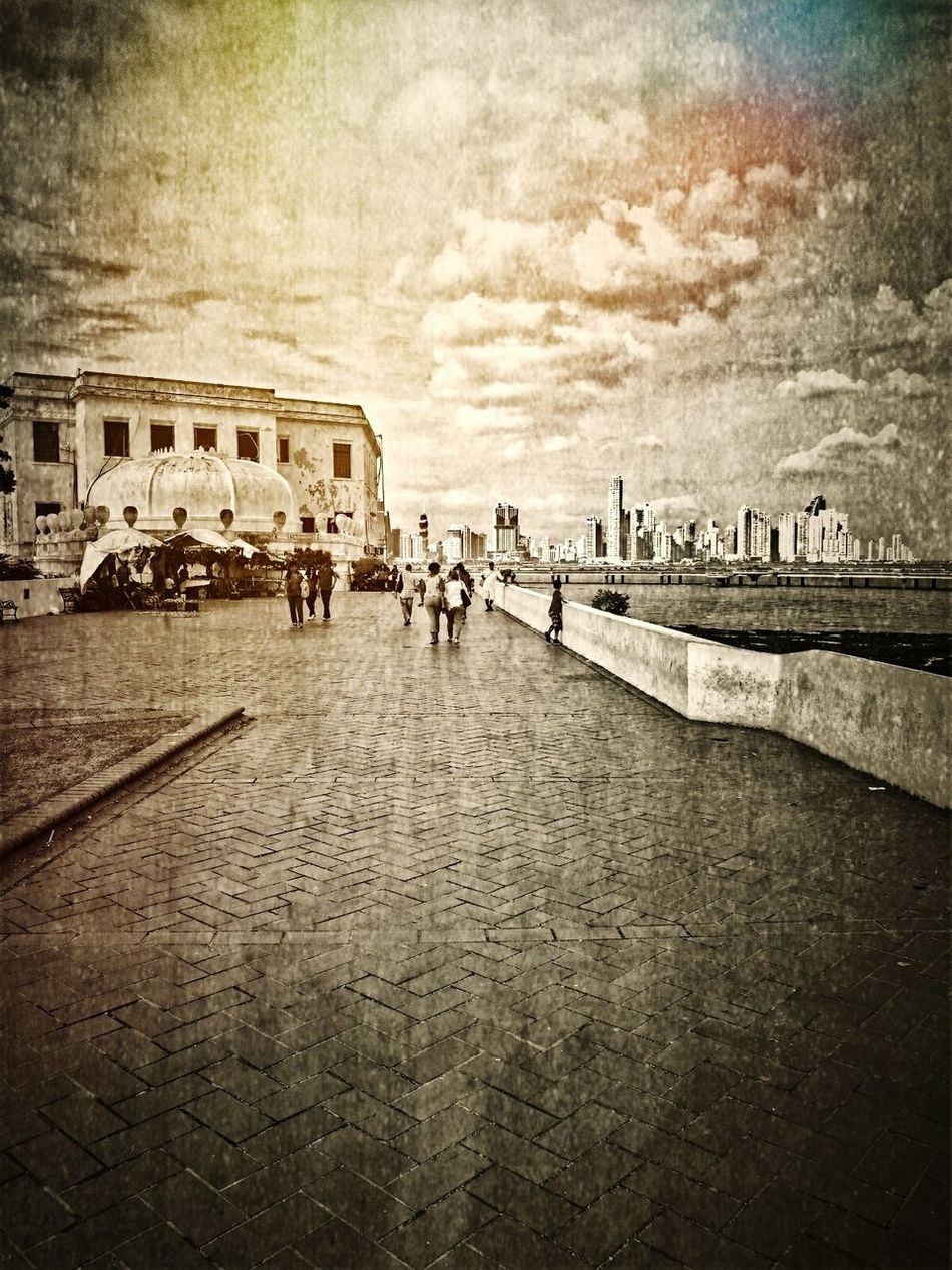 Dramatic Sky Nostagia Bygone Times Bygone Bygonedays Bygone Summer☀️ Outdoors Panamá Scenics Eyem Best Shots Eye4photography  Eye4black&white  Streetphotography Black And White Photography Sunlight Sky Blackandwhite Cloud - Sky Building Exterior Architecture Wet Plate Wet Plate Photography Sepia