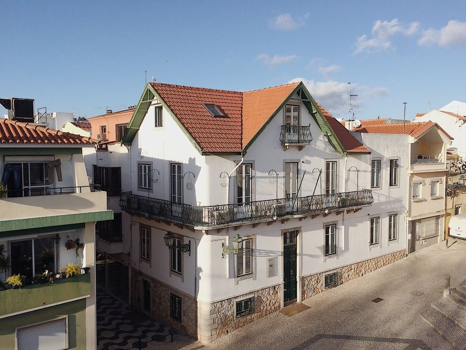 Portugal Lisboa Lisbon Building Exterior Architecture Built Structure Sky Roof Outdoors Day Residential Building City No People Townhouse Cascais