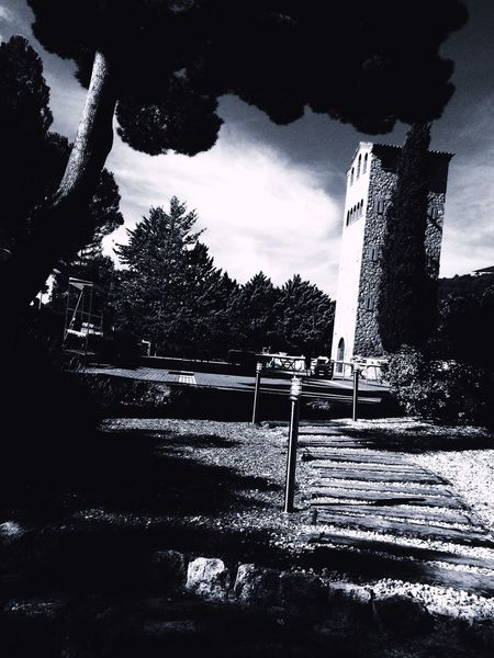 Architecture Sky Outdoors Tranquil Scene Black And White Tower Castelltallat