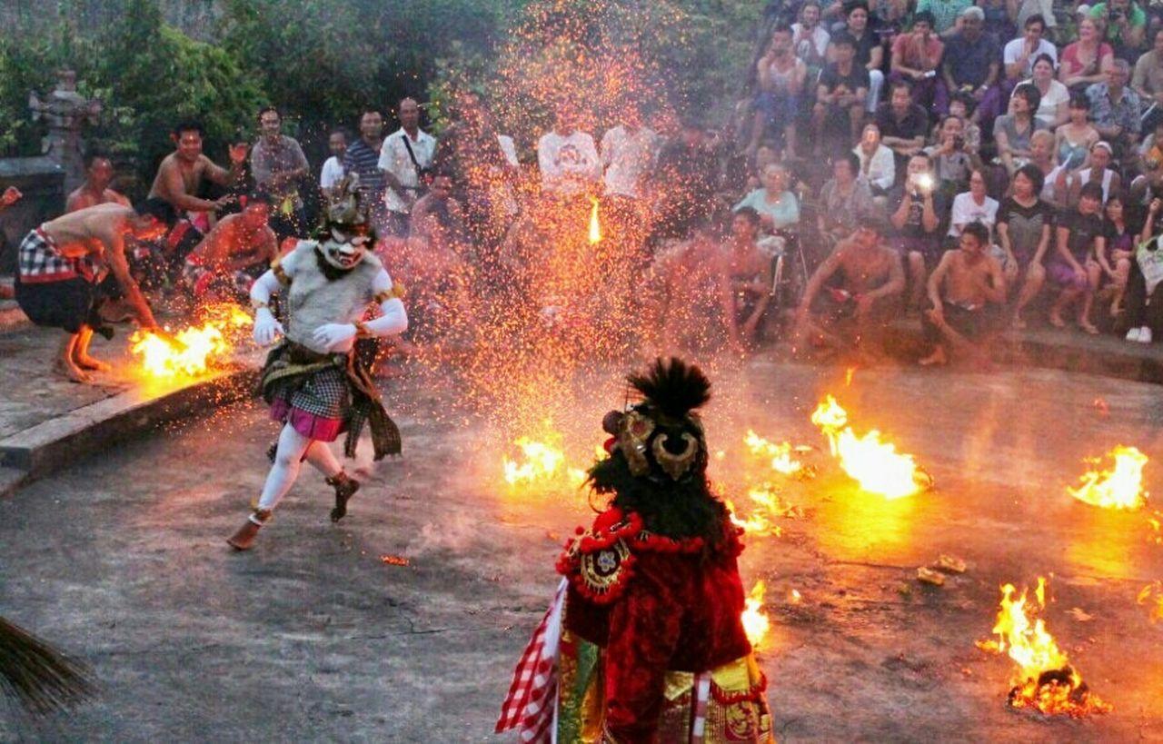 Capture The Moment Fire HanomanVsFire Culture EyeEm Indonesia EyeEm Gallery EyeEmIndonesiaKu EyeEm Best Shots Bali, Indonesia Travelensa