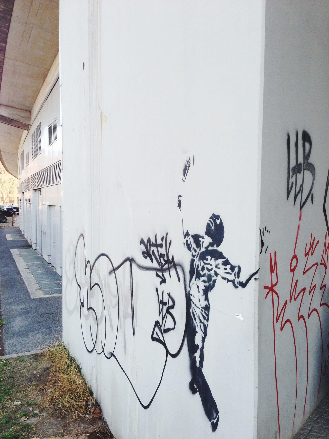 Graffiti Schablone Stencil Art Streetart Masked Spray Can