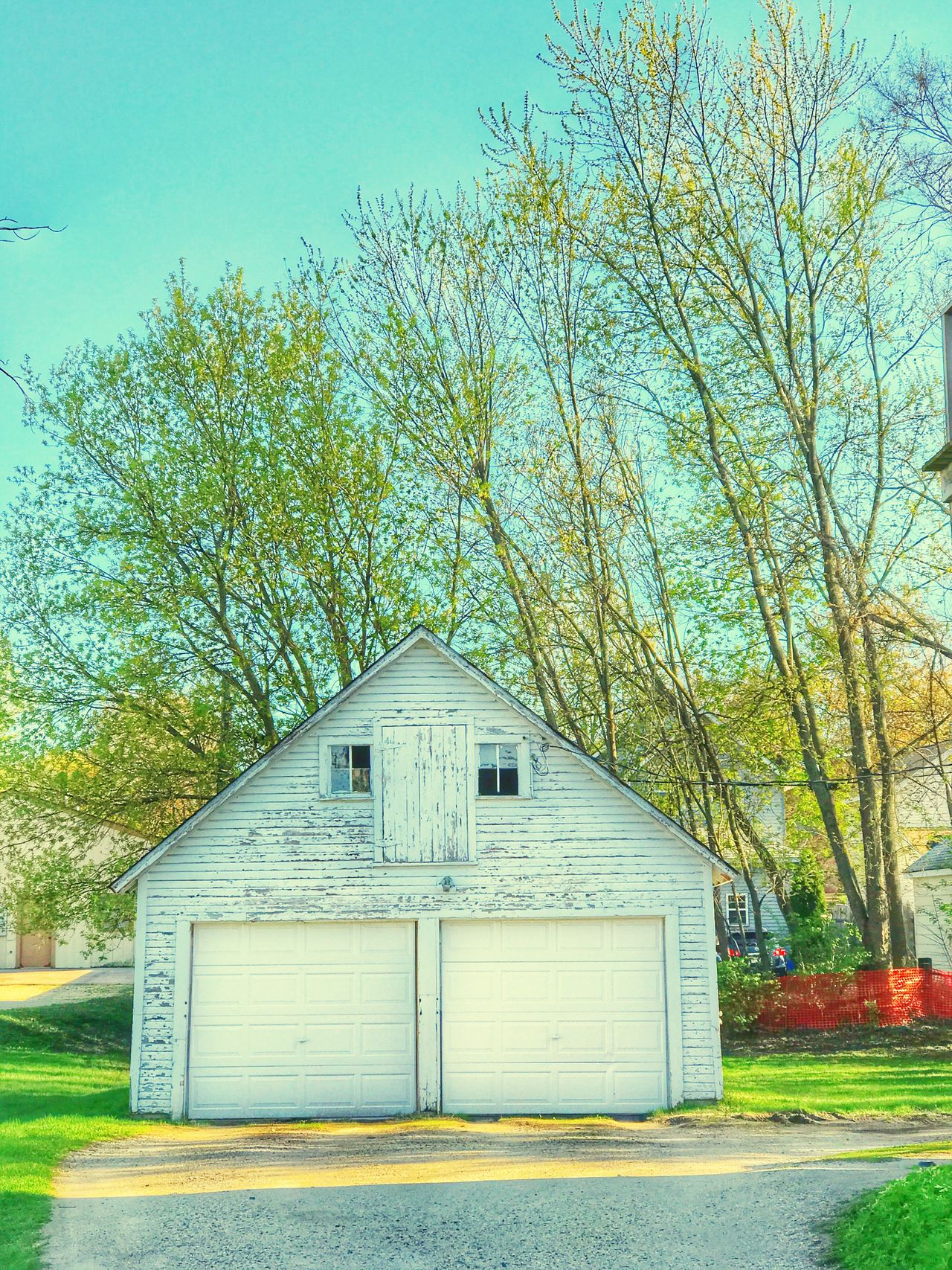 Built Structure Architecture Building Exterior Tree No People Outdoors Day Tranquility Sky Grass Nature White White Barn EyeEm Best Shots EyeEm Best Shots - Architecture EyeEm Nature Lover Urban Skyline Spring Springtime